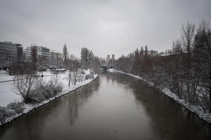 snow at the bridge